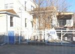 Foreclosed Home en THIERIOT AVE, Bronx, NY - 10473