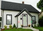 Foreclosed Home en N 76TH ST, Milwaukee, WI - 53222