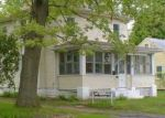 Foreclosed Home en CARL ST, Enfield, CT - 06082