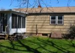 Foreclosed Home en BASSWOOD DR, Middletown, CT - 06457