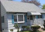 Foreclosed Home en ARLINGTON ST, West Haven, CT - 06516