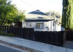 Foreclosed Home en 9TH ST, Lakeport, CA - 95453