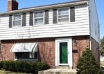 Foreclosed Home en W ROOSEVELT DR, Milwaukee, WI - 53216