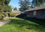 Foreclosed Home en DENBY LN, Stockton, CA - 95207