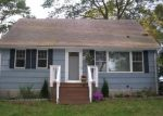 Foreclosed Home in SUNSET DR, Shelton, CT - 06484