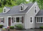 Foreclosed Home en KENYON ST, Stratford, CT - 06614