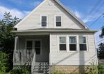 Foreclosed Home en E BOTTSFORD AVE, Cudahy, WI - 53110