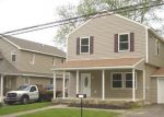 Foreclosed Home en READING AVE, Feasterville Trevose, PA - 19053