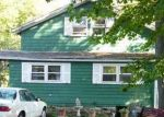 Foreclosed Home en HILTON AVE, East Haven, CT - 06512