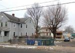 Foreclosed Home en WILMOT AVE, Bridgeport, CT - 06607