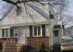 Foreclosed Home en ARLINGTON AVE, Valley Stream, NY - 11580