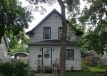 Foreclosed Home en ASBURY ST, Saint Paul, MN - 55104