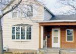 Foreclosed Home en SUMMIT AVE, Oconomowoc, WI - 53066