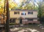 Foreclosed Home en W CALUMET RD, Milwaukee, WI - 53224