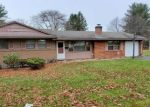 Foreclosed Home en WINTONBURY AVE, Bloomfield, CT - 06002
