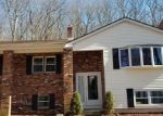 Foreclosed Home en ARBUTUS ST, Middletown, CT - 06457