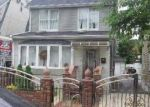 Foreclosed Home en 113TH RD, Saint Albans, NY - 11412