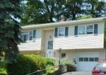 Foreclosed Home en PURCELL DR, Danbury, CT - 06810