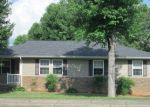 Foreclosed Home in S SCOTT ST, Madisonville, KY - 42431