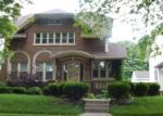 Foreclosed Home en N GRANT BLVD, Milwaukee, WI - 53210
