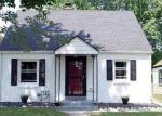 Foreclosed Home en W BELOIT RD, Milwaukee, WI - 53219