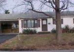 Foreclosed Home in RICHARD DR, East Saint Louis, IL - 62206