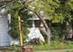 Foreclosed Home en CLINTON AVE, Richmond, CA - 94804