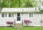 Foreclosed Home en EDGEMERE RD, Coventry, CT - 06238