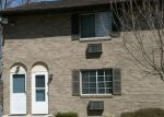 Foreclosed Home en MOUNTAIN VILLAGE RD, Waterbury, CT - 06706