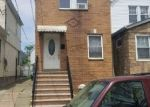 Foreclosed Home en 116TH RD, Jamaica, NY - 11434