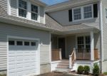 Foreclosed Home en FOREST AVE, Fairfield, CT - 06824