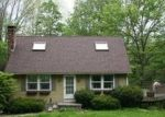 Foreclosed Home en BEHRENS RD, New Hartford, CT - 06057