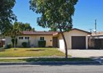 Foreclosed Home en S HICKORY ST, Anaheim, CA - 92805