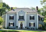 Foreclosed Home en NORTHMOOR RD, West Hartford, CT - 06117