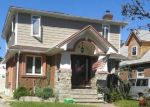 Foreclosed Home en IRVING ST, Valley Stream, NY - 11580
