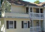 Foreclosed Home en CROWN ST, Meriden, CT - 06450
