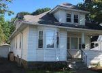 Foreclosed Home en OVERLAND AVE, Bridgeport, CT - 06606