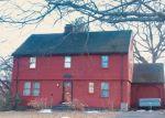 Foreclosed Home en MYRA RD, Hamden, CT - 06517