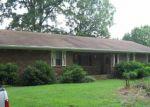 Foreclosed Home en TUGGLE LN, Malvern, AR - 72104