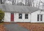 Foreclosed Home en MAIN ST, South Glastonbury, CT - 06073
