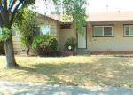 Foreclosed Home en FLORIN RD, Sacramento, CA - 95822