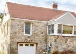 Foreclosed Home en BURR PL, Norwalk, CT - 06855