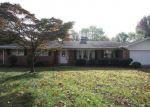 Foreclosed Home in LARKSPUR DR, Belleville, IL - 62221