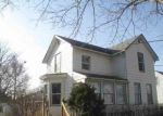 Foreclosed Home in COTTAGE GROVE AVE, Waterloo, IA - 50703