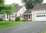 Foreclosed Home en ELEANOR RD, Enfield, CT - 06082