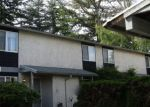 Foreclosed Home en NE 151ST ST, Seattle, WA - 98155
