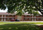 Foreclosed Home en DOVER DR, Des Plaines, IL - 60018