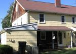 Foreclosed Home en MYLIN AVE, Willow Street, PA - 17584