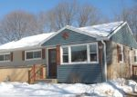 Foreclosed Home en S 114TH ST, Hales Corners, WI - 53130