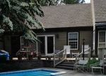 Foreclosed Home en LONG HILL FARM, Guilford, CT - 06437